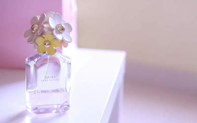 How to distinguish real from fake perfume: 7 main points