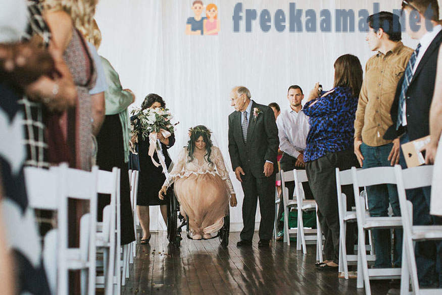 Miracles happen: the paralyzed bride got up and went to the altar, the groom and the guests touched to tears