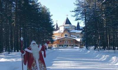 Visiting Santa Claus: the interior of the main wizard of the country, which is worth a look