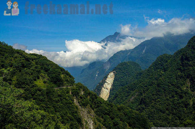 The journey through the national park in Taiwan