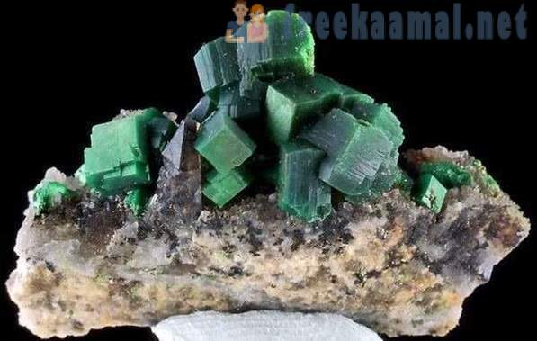 10 deadly rocks and minerals