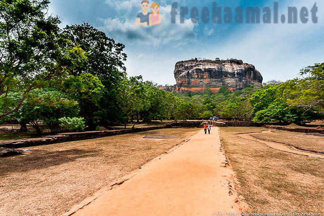 Sigiriya - amazing city on a cliff