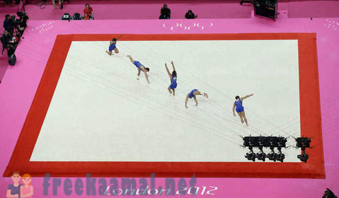 Cportsmeny in motion on the 2012 Olympics