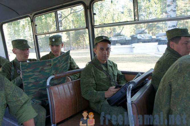 A day in the life of the Russian Army officer