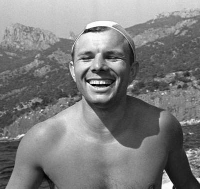 12 best photos of Yuri Gagarin